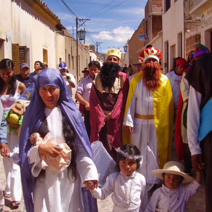 Tradición de Pesebres y Adoración al Niño Dios